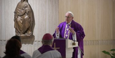 Папа Франциск на Мессе в Доме Св. Марфы: исповедь — это не химчистка