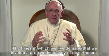 Папа Франциск призвал посвятить месяц март молитве о духовном распознавании
