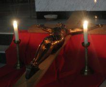 Воспоминание Страстей Господних в Кафедральном соборе Преображения Господня в Новосибирске