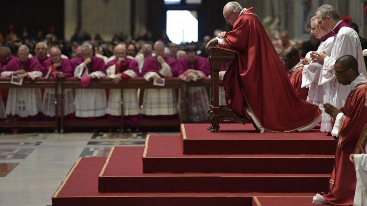 Страстная Пятница в соборе Святого Петра: «видевший засвидетельствовал»
