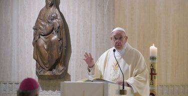 На Мессе в Доме Св. Марфы Папа Франциск размышлял о свободе чад Божиих