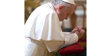 Папа Франциск начал встречи с жертвами злоупотреблений из Чили