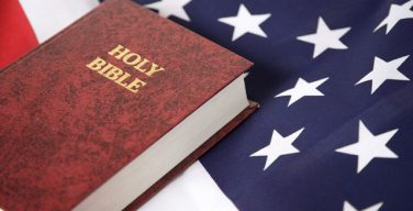 В США отмечен резкий спад численности протестантов за последние 15 лет. При этом доля нерелигиозных американцев выросла вдвое