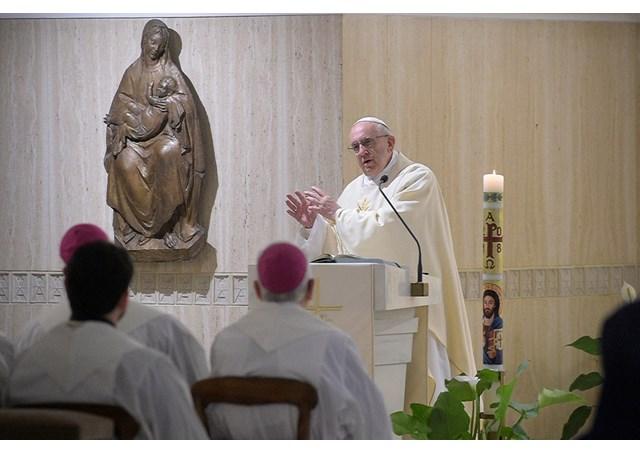 На Мессе в Доме Св. Марфы Папа Франциск предостерег от искушений лукавого