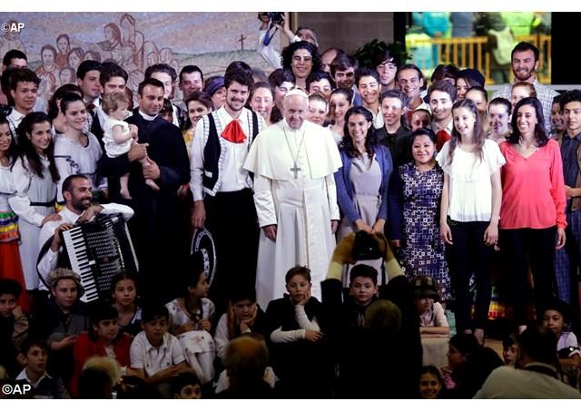 Папа Франциск побывал с визитом в общине братской жизни в Тоскане