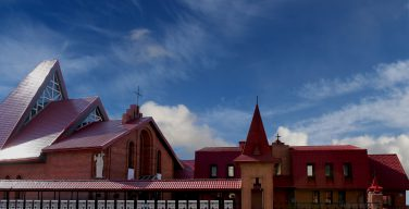 Новосибирские католики представляли Россию на международном телемосте в канун празднования Богородицы Фатимской (ФОТО)