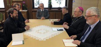 Состоялась встреча председателя ОВЦС с Примасом Католической Церкви в Польше