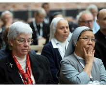 Папа Франциск встретился с участниками симпозиума лиц посвященной Богу жизни