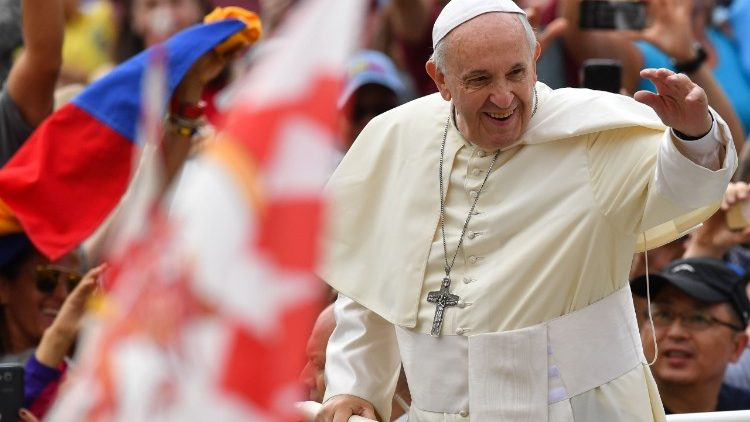 На общей аудиенции в среду 13 июня Папа Франциск начал новый цикл катехез, посвященный Десяти Заповедям