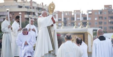 Папа Франциск возглавил празднование торжества Пресвятых Тела и Крови Христа в Остии