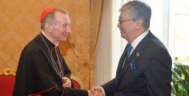 Назарбаев пригласил Папу Римского в Астану на съезд религий
