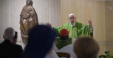 Папа Франциск на Мессе в Доме Св. Марфы назвал христиан «анонимными свидетелями» и сравнил их с солью и светом