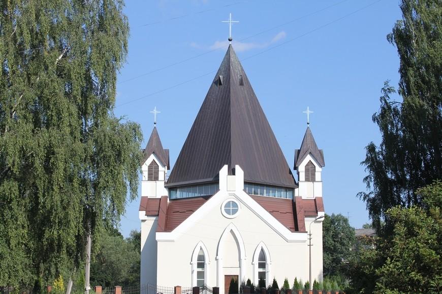 Митрополит Тихон (Шевкунов) не имеет ничего против завершения строительства католического храма в Пскове