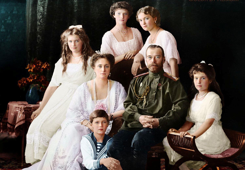 Патриарх Кирилл: Память о трагической смерти царской семьи послужит переосмыслению истории
