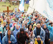 Более 2,6 тыс. католиков шли из разных уголков Белоруссии к иконе Божией Матери
