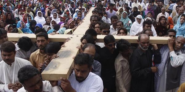 Гонения на христиан происходят в 144 странах мира — исследование Pew