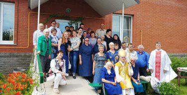 Епархиальному Дому пожилых людей в Сереброполье – 6 лет!
