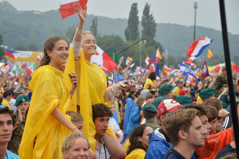 ВДМ в Кракове: молодёжь призвана строить мосты милосердия