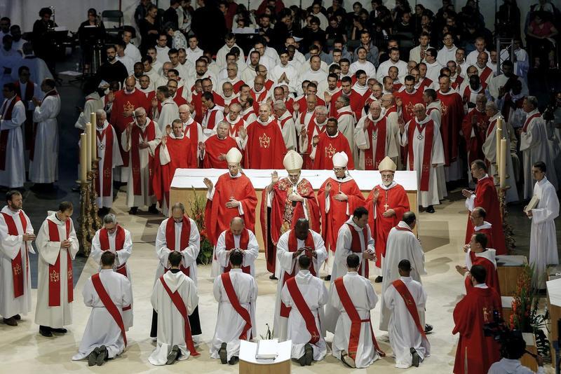 Во Франции 60% католических епархий в этом году не посвятят ни одного священника