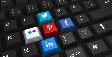 Barna Group: почти треть западных христиан делятся своими религиозными взглядами в соцсетях