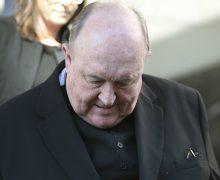 Папа принял отставку монс. Филиппа Уилсона