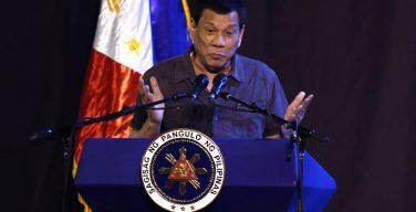 Президент Филиппин заявил, что уйдет в отставку, если ему докажут, что Бог есть