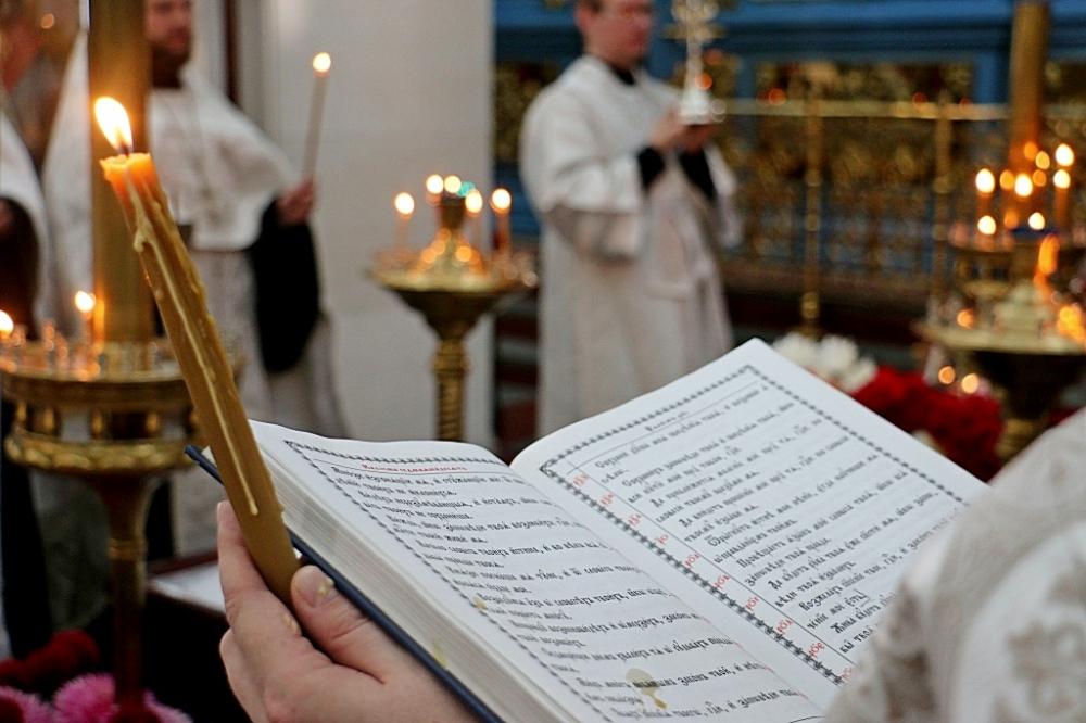 Синод РПЦ разрешил отпевать некрещеных младенцев
