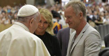 Стинг с женой пообщались с Папой Римским в Ватикане (+ ФОТО)
