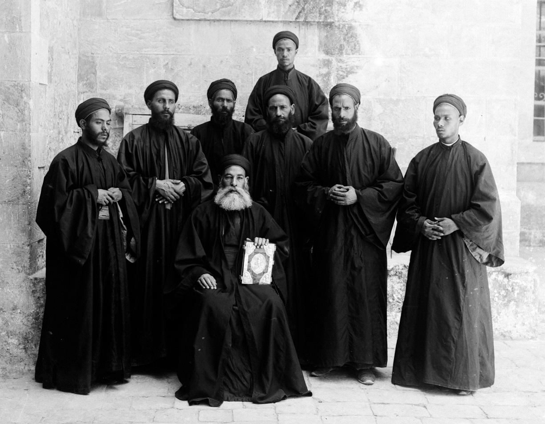 После гибели настоятеля монастыря в Египте Коптская Церковь решила не постригать в монахи в течение года