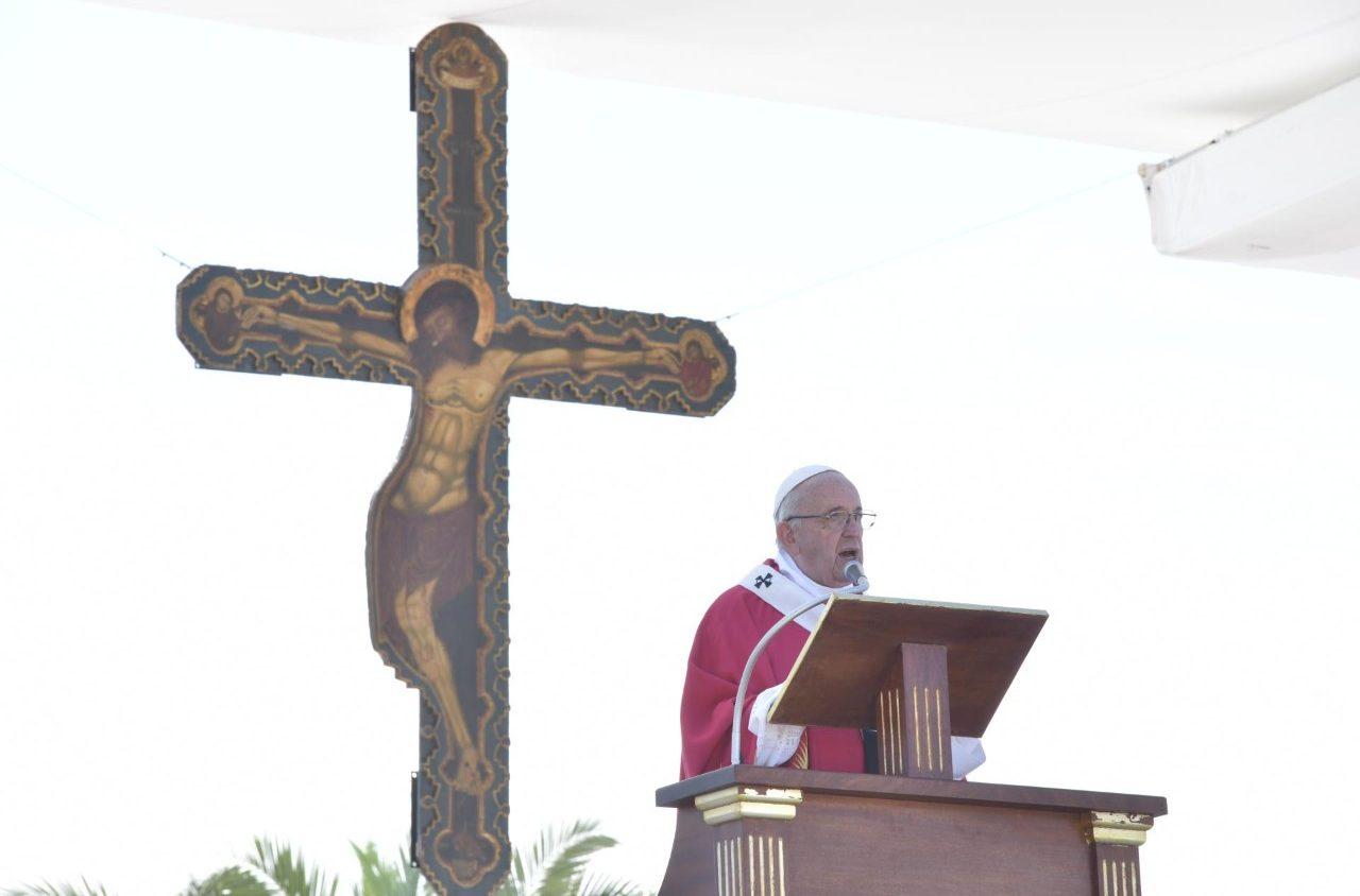 Папа на Мессе в Палермо: убрать слово «ненависть» из христианской жизни