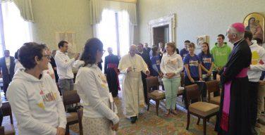 Папа назвал сексуальность «даром Божьим» и призвал не поддаваться слоганам СМИ