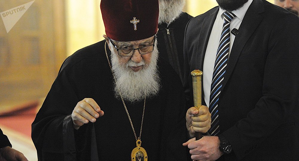 Патриарх Грузии призвал духовенство воздержаться от политических заявлений о предстоящих президентских выборах