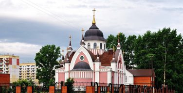 Уникальный католический храм в Новокузнецке отмечает свой престольный праздник