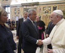 Папа — предпринимателям: экономика должна служить человеку