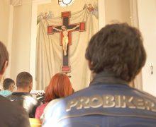 Белоруссия: священник-байкер отслужит Мессу за погибших мотобратьев