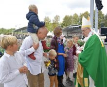 Папа на Мессе в Каунасе: Церковь должна служить самым малым (+ ФОТО)