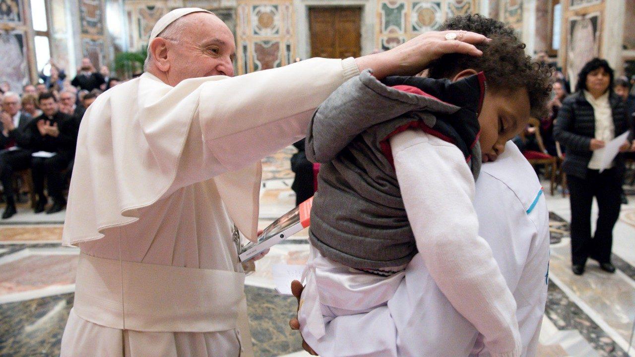 Папа: всем, кто эксплуатирует мигрантов, однажды придется держать ответ перед Богом