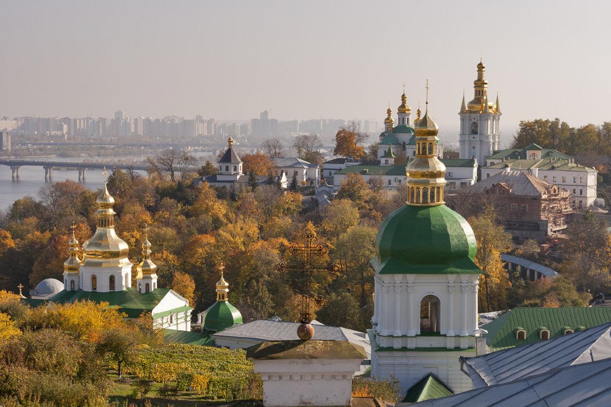 Наместник Киево-Печерской лавры надеется, что верующие не допустят ее захвата