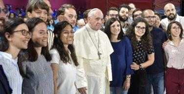 По случаю Всемирного Дня Миссий Папа Франциск призвал молодежь активнее участвовать в миссии Церкви
