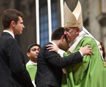Торжественной Мессой, которую возглавил Папа, завершилась XV Генеральная ассамблея Синода епископов