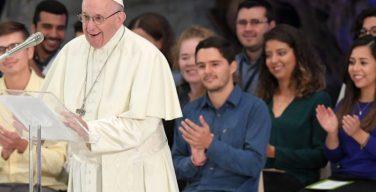 Папа Франциск и Отцы Синода встретились с молодежью