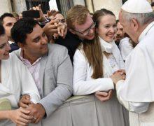 На традиционной общей аудиенции Папа Франциск продолжил обсуждение шестой заповеди