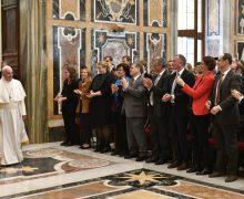 Папа: журналист-христианин призван к парресии